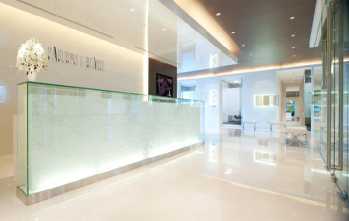 parfums beaute thiet ke showroom trung bay san pham nuoc hoa cao cap 06