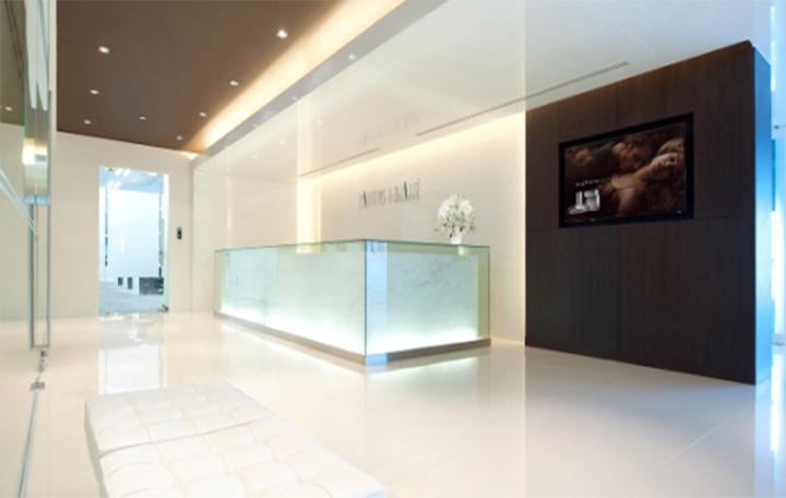parfums beaute thiet ke showroom trung bay san pham nuoc hoa cao cap 07